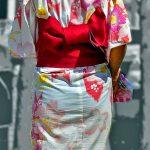 夏祭りに浴衣娘の風情ある透けパンティラインを盗撮した下着尻エロ画像
